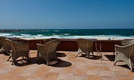 Melcior Comes: Hotel Indira