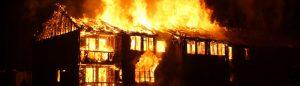 Celesta Ng: Little fires everywhere (Petits focs per tot arreu)