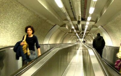 Capítol 3: Estranys en un túnel